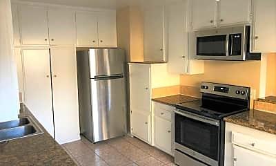 Kitchen, 205 E Plymouth St, 1