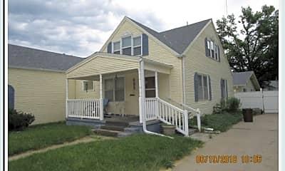 Building, 601 W Court St, 1