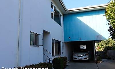 Building, 144 N Grant St, 1