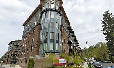 Building, Redmond Square Apartments, 0