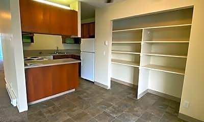 Kitchen, 625 Winter St NE, 1