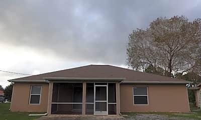 Building, 414 Sw Meadow Terrace, 2