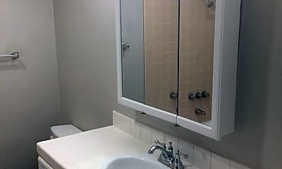 Bathroom, 25822 Walnut St, 2