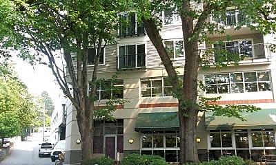 Madison Crossing, 0