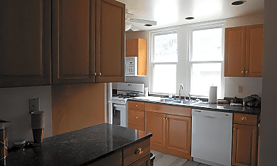 Kitchen, 605 S Elm St, 1