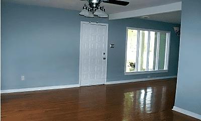 Living Room, 5515 Greenleaf Rd, 1