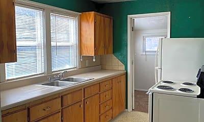 Kitchen, 728 W Lewis St, 1