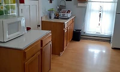 Kitchen, 79 Andem St, 2