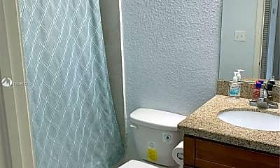 Bathroom, 3133 NW 11th St 3-C1, 2