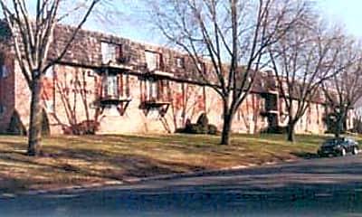 Four Seasons Apartments, 0