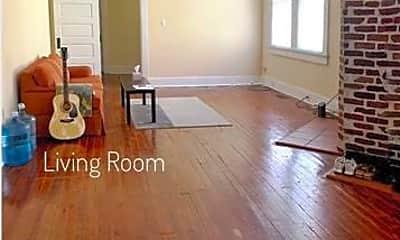 Living Room, 7712 Plum St, 1
