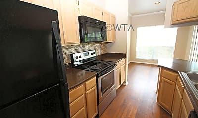 Kitchen, 10307 Morado Cove, 0