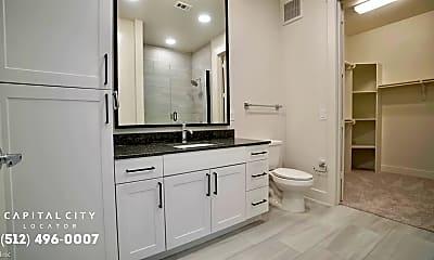 Bathroom, 5501 N Lamar Blvd, 2