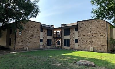 Basswood Manor, 0