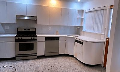 Kitchen, 2272 E 2nd St, 0