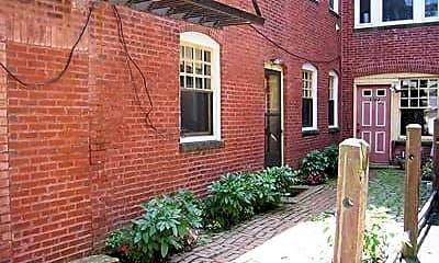 Building, 1722 Beacon St, 2