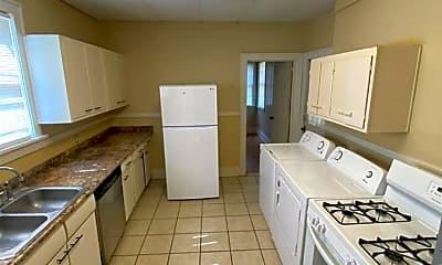Kitchen, 4520 Tutwiler Ave, 1