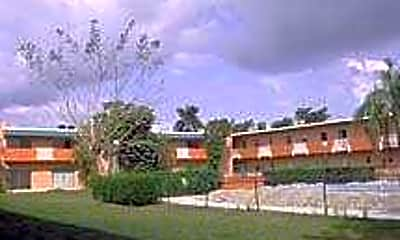 The Courtyard At Homestead, 0