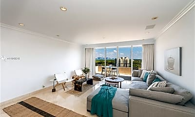 Living Room, 151 Crandon Blvd 1036, 1