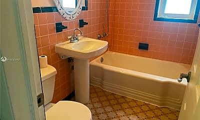 Bathroom, 715 NE 91st St 3A, 2
