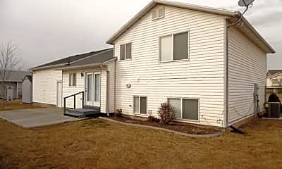 Building, 342 W 75 N, 2