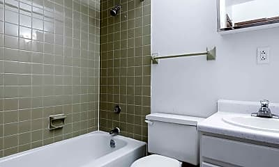 Bathroom, Far Park Apartments, 2