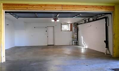 Kitchen, 4310 W 182nd St, 2