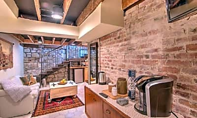 Kitchen, 17 W Del Norte St, 2