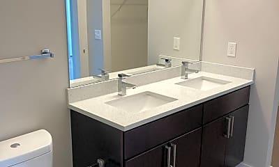 Bathroom, 3219 Detroit Ave, 2