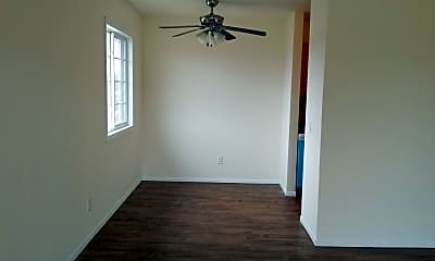 Bedroom, 530 N Eau Claire Ave, 1