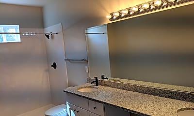 Bathroom, 333 Cheyene Blvd., 2