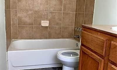 Bathroom, 2611 E Cesar Chavez St, 2