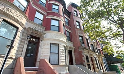 Building, 467 W 140th St 3, 2