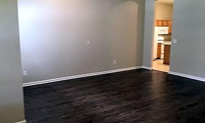 Living Room, 2794 Cross Creek Drive, 1