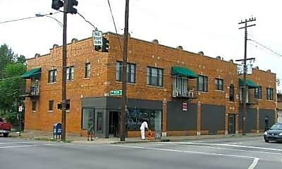 Building, 334 E Oak St, 0