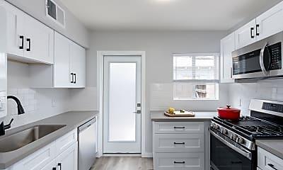 Kitchen, 1536 W Mulberry Dr B, 0