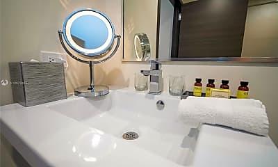 Bathroom, 777 N Ocean Dr S323, 2