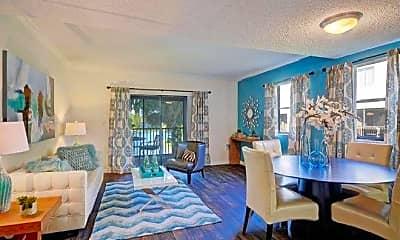 Living Room, 3621 W Hillsboro Blvd, 1