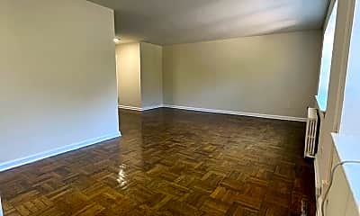 Living Room, 1301 Fort Myer Dr, 2