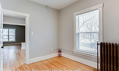 Bedroom, 424 Smith Avenue N, 2