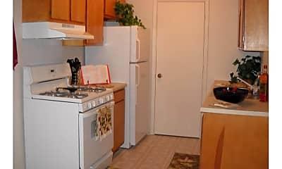 Kitchen, Vanderbilt Townhomes, 1