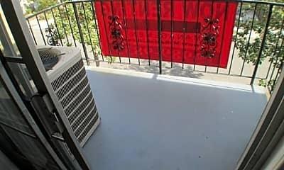 Patio / Deck, 1021 Gladys Ave, 2