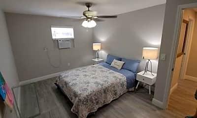 Bedroom, 519 31st St, 1