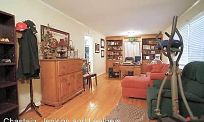 Living Room, 130 Sunnybrook Dr, 1