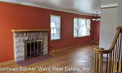 Living Room, 548 Arlington Ave, 1