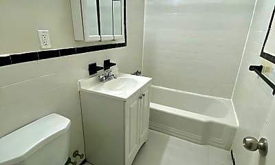 Bathroom, 301 Broadway 18B, 2