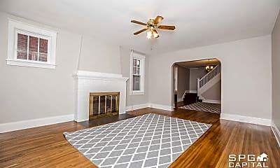 Bedroom, 516 Radnor St, 1