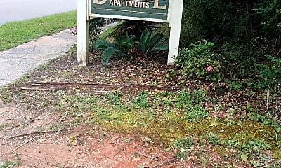 Dandale Apartments, 1