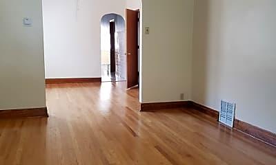 Living Room, 1728 N Keeler Ave 2, 1