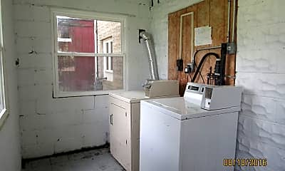 Kitchen, 1192 School St, 2